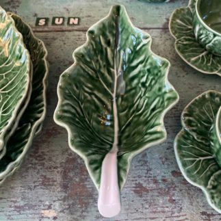 deep bowl in cabbage design